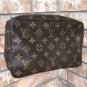 Louis Vuutton clutch cosmetic pouch